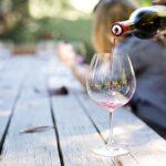 Simpatia do copo (7 rituais poderosos)
